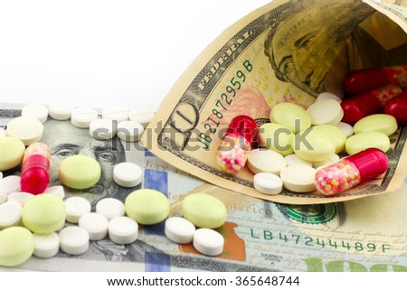 drugs packed in paper money dollars