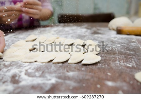 dumplings,still-life,board,hands
