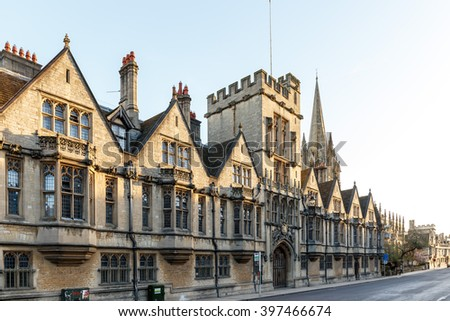 Early spring morning in Oxford city center