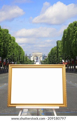 Easel and the Paris
