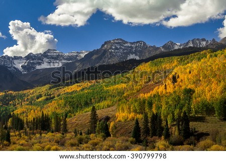 East Dallas Divide Awash in Fall Colors - stock photo