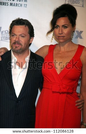 "Eddie Izzard and Minnie Driver at the premiere screening and party for ""The Riches"". Zanuck Theatre, Los Angeles, CA. 03-10-07 - stock photo"