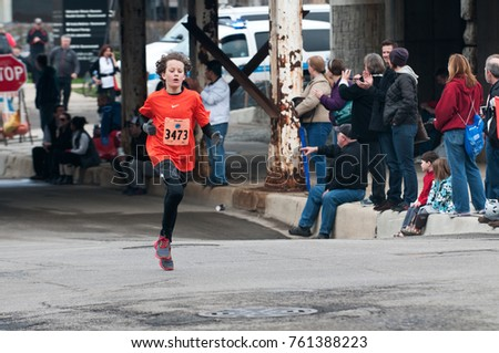 Editorial, Chicago IL, April 28, 2013 Ravenswood, north side neighborhood 5k race, run