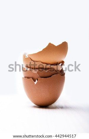 Egg shell on the table