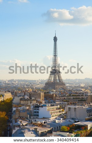 eiffel tour and Paris cityscape in autumn day, France