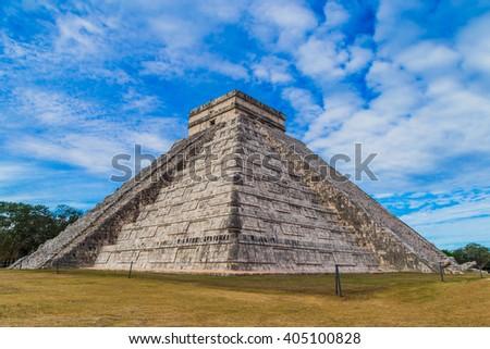 El Castillo (The Kukulkan Temple) of Chichen Itza, mayan pyramid in Yucatan, Mexico - stock photo