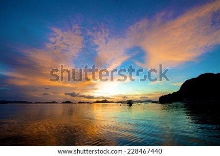 El Nido sunset in the Palawan Island in the Philippines.