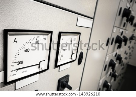 Electric  amperage  control - stock photo