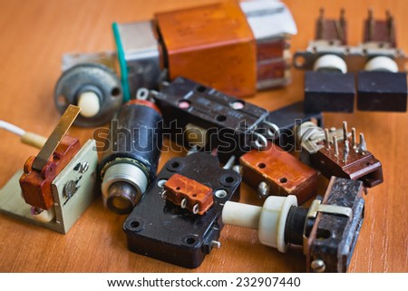 Electric switches and circuit breakers
