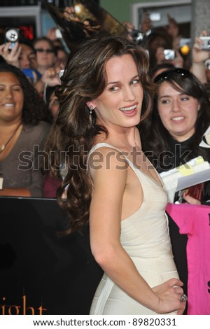 "Elizabeth Reaser at the world premiere of her new movie ""The Twilight Saga: New Moon"" at Mann Village & Bruin Theatres, Westwood. November 16, 2009  Los Angeles, CA Picture: Paul Smith / Featureflash"