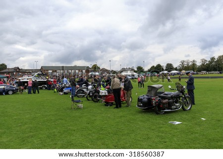 Elland, Halifax, West Yorkshire, UK 20th September, 2015.Rotary Club members of Elland hope the current fad for all things  from the 40s and 50s will make their first Vintage Weekend a big success.