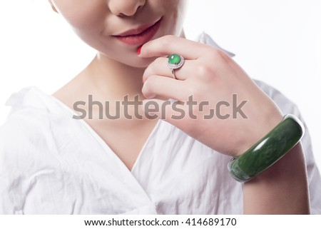 Emerald bracelets and rings of beautiful women