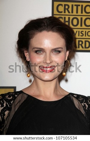 Emily Deschanel at the Second Annual Critics' Choice Television Awards, Beverly Hilton, Beverly Hills, CA 06-18-12