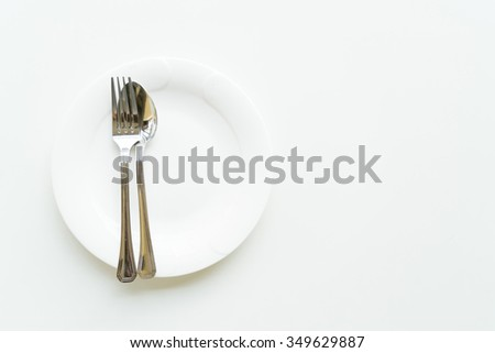 empty dish on white table
