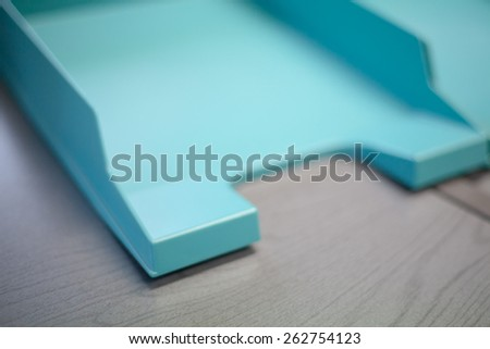 Empty document tray