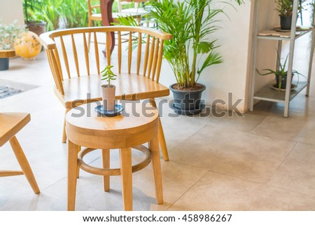 empty wood chair in restaurant