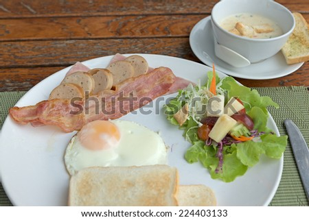 English breakfast on wood table
