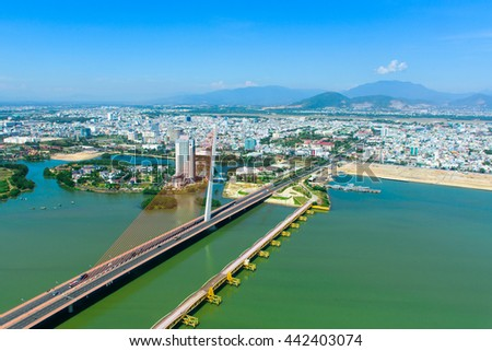Enjoying the Tran Thi Ly Bridge and Da Nang city by helicopter tour is very interesting. Da Nang is one of the major port city in Vietnam and the biggest city in Central Vietnam.