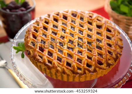 Entire whole black cherry pie tart modern delicious beautiful clean dessert