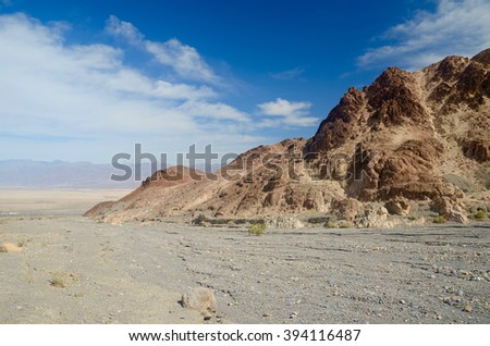 Entrance to Mosaic Canyon Death Valley
