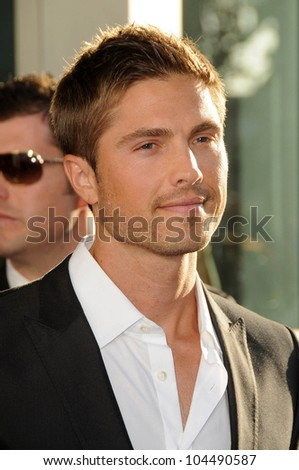 Eric Winter  at the Los Angeles Premiere of 'The Ugly Truth'. Cinerama Dome, Hollywood, CA. 07-16-09
