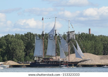 Erie, Pennsylvania, USA - September 5, 2013: The Peacemake sailing into the 2013 Tall Ships Erie Festival