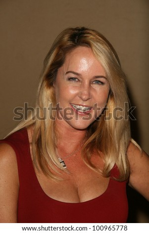 Erin Murphy at the 2010 BraveHeart Awards, Hyatt Regency Century Plaza Hotel, Century City, CA.  10-09-10