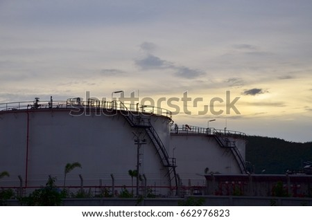 Evening Refinery Petroleum Petrochemical Plant