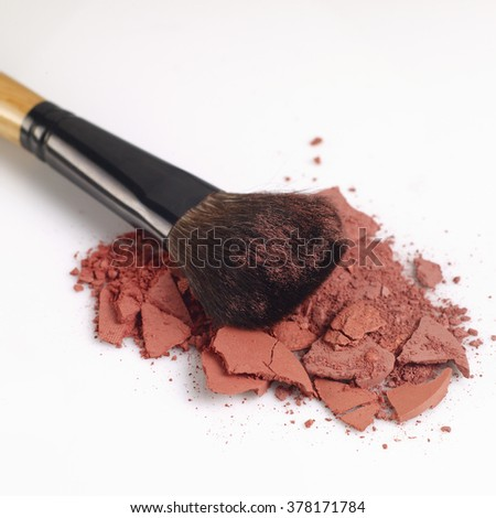 eye shadow beauty product and brush