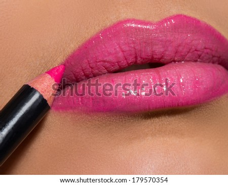 Face, mouth. Pink lipstick
