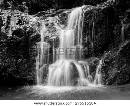 Falls at Patapsco in black and white