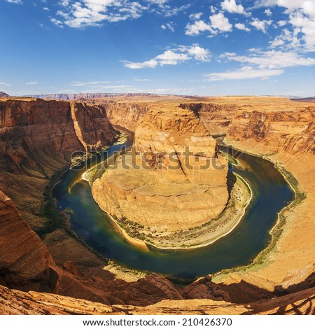Famous Horseshoe Bend meander of Colorado River in Glen Canyon