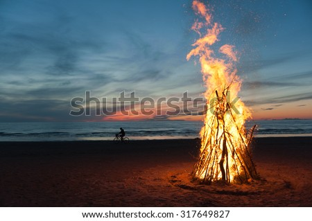 Farewell to summer fire on beach of NarvaJoesuu