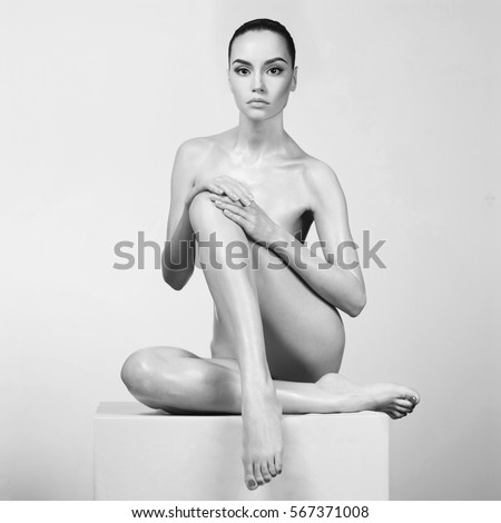 Fashion art photo of elegant nude model with perfect body