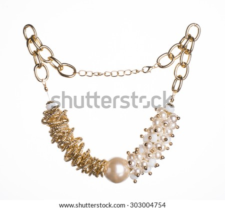 Fashion Necklace made of artificial pearls