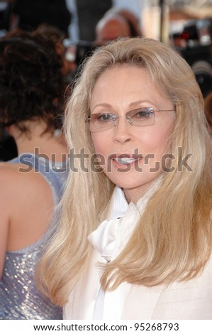 Faye Dunaway at the 60th anniversary gala at the 60th Annual International Film Festival de Cannes. May 20, 2007  Cannes, France.  2007 Paul Smith / Featureflash