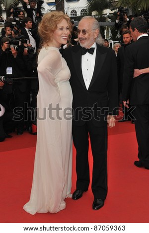 "Faye Dunaway & Jerry Schatzberg at the gala premiere for ""Midnight in Paris"" the opening film at the 64th Festival de Cannes. May 11, 2011  Cannes, France Picture: Paul Smith / Featureflash"