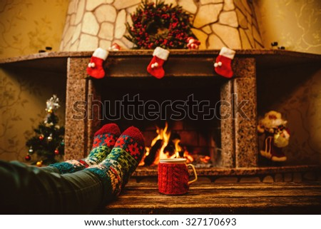 Christmas Cabin Stock Images RoyaltyFree Images Vectors - Christmas cabin fireplace scenes
