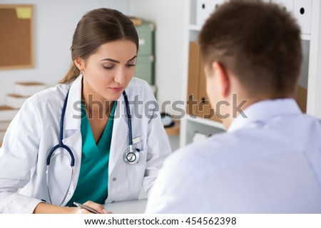 Men seeking women doctors for physical