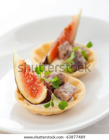 Fig and pate tartlets