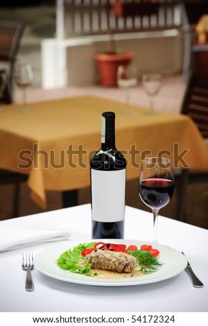 filetto al pepe verde and wine - stock photo