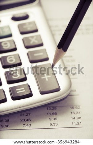 Finance budget calculation with pencil