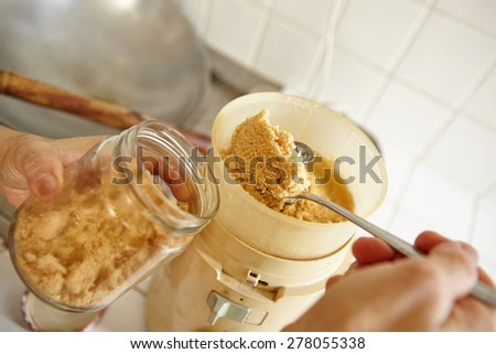 Fine ground garlic and shrimp crackers as seasoning