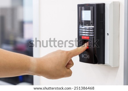 Finger print scan for unlock door security system