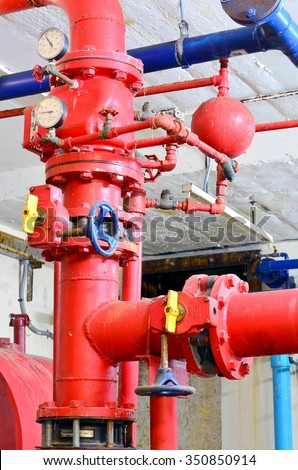 Fire extinguisher water pumping system.
