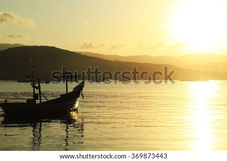 Fishing boats on the sea time to sunset at KOH SMAUI,Thailand ,Lens Manual Focus 50mm., landscape, silhouette, popular