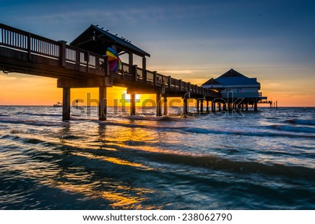 Clearwater beach stock images royalty free images for Pier 60 fishing