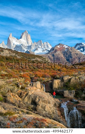 Fitz roy spectacular view in autumn season locate in El Chalten, Patagonia - Argentina