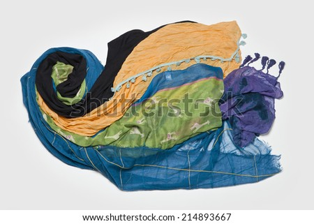 Five colorful scarfs like wind and cloud(black, purple, blue, yellow, green.