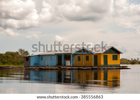 Floating houses in amazon river - Manaus - Brazil